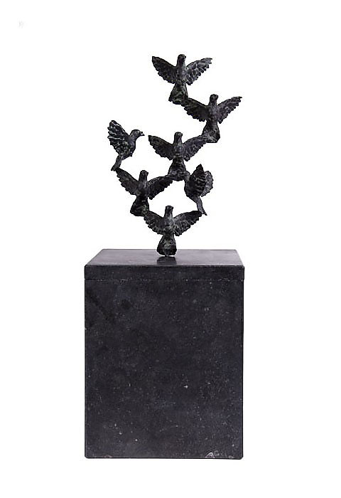 Bronzen Standbeeld Urn In vogelvlucht (3.5 liter)