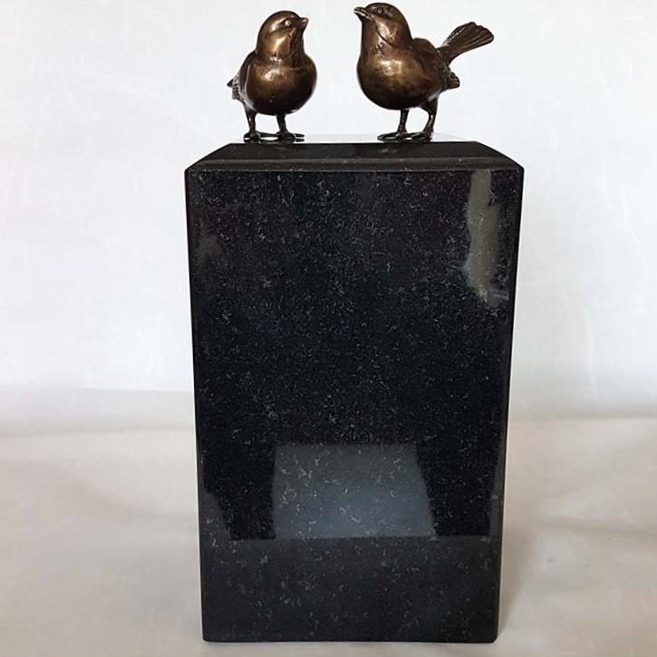 Grote Granieten Dierenurn met 2 Bronzen Mussen (2.3 liter)