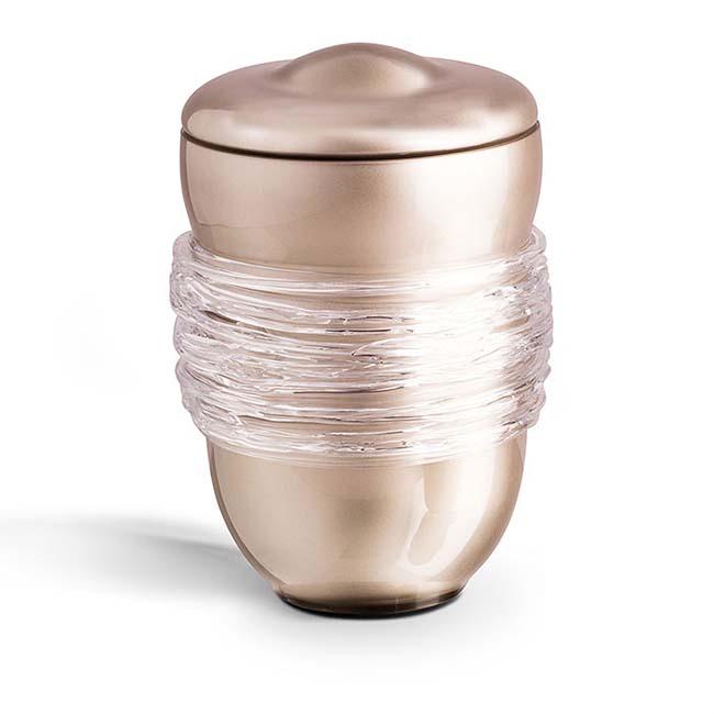 https://grafdecoratie.nl/photos/Grote-glazen-urn-kristal-urnen-GU059A.JPG