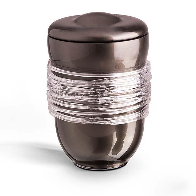 https://grafdecoratie.nl/photos/Grote-glazen-urn-kristal-urnen-GU059B.JPG