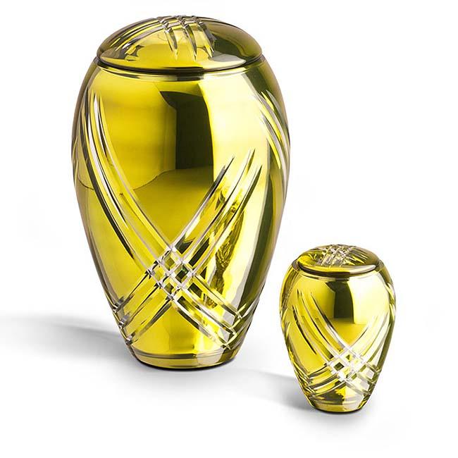 https://grafdecoratie.nl/photos/Grote-glazen-urn-kristal-urnen-GU073.JPG