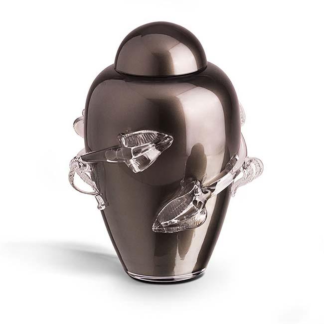 https://grafdecoratie.nl/photos/Grote-glazen-urn-kristal-urnen-U061.JPG