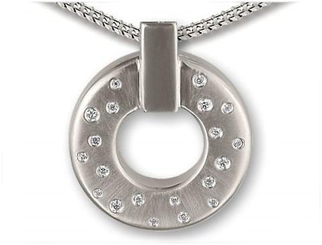 Ringvormige Ashanger Zirkonia's