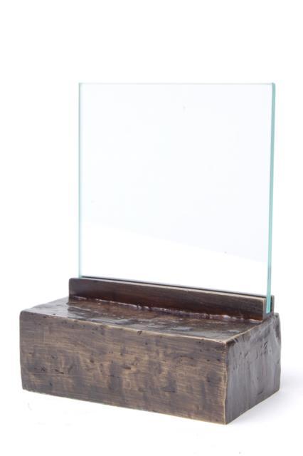 https://grafdecoratie.nl/photos/asbeeld-kleine-urn-miniurn-fotolijst-effen-verbronsd-ABNL70068.JPG