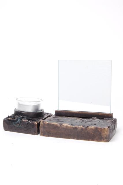 https://grafdecoratie.nl/photos/asbeeld-kleine-urn-miniurn-fotolijst-ruw-roos-2delig-verbronsd-ABNL70074.JPG