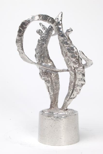https://grafdecoratie.nl/photos/asbeeld-kleine-urn-miniurn-verbondenheid-16cm-zilvertin-ABNL70035.JPG