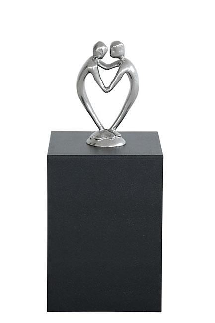 https://grafdecoratie.nl/photos/asbeeld-standbeeld-urn-urnbeeld-Door-Het-Hart-Verbonden-Zijn-ABNL70146.JPG
