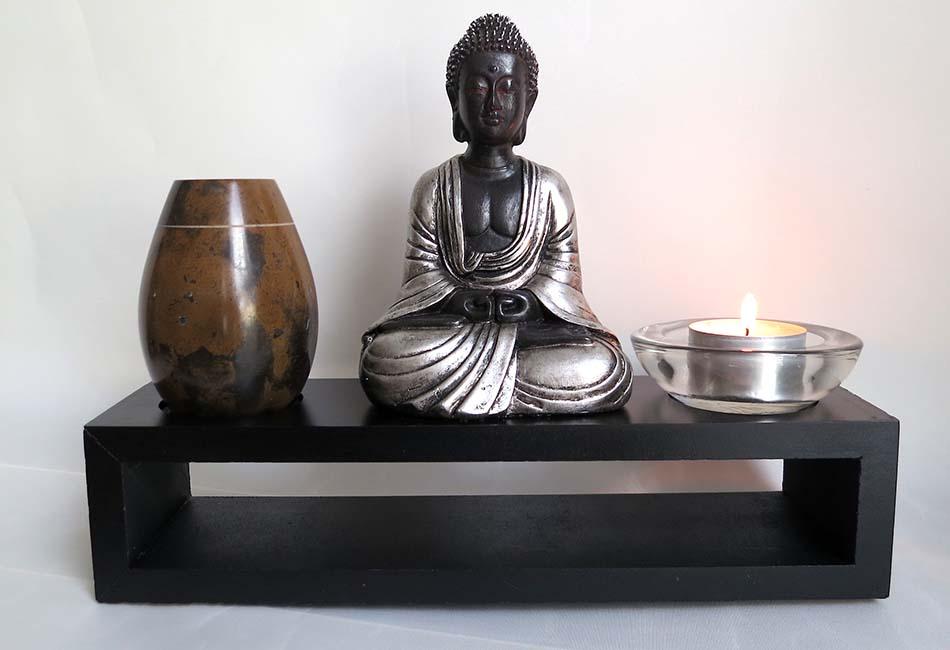 Meditatie Boeddha Huisdier Gedenkaltaar met Miniurn (0.11 liter)
