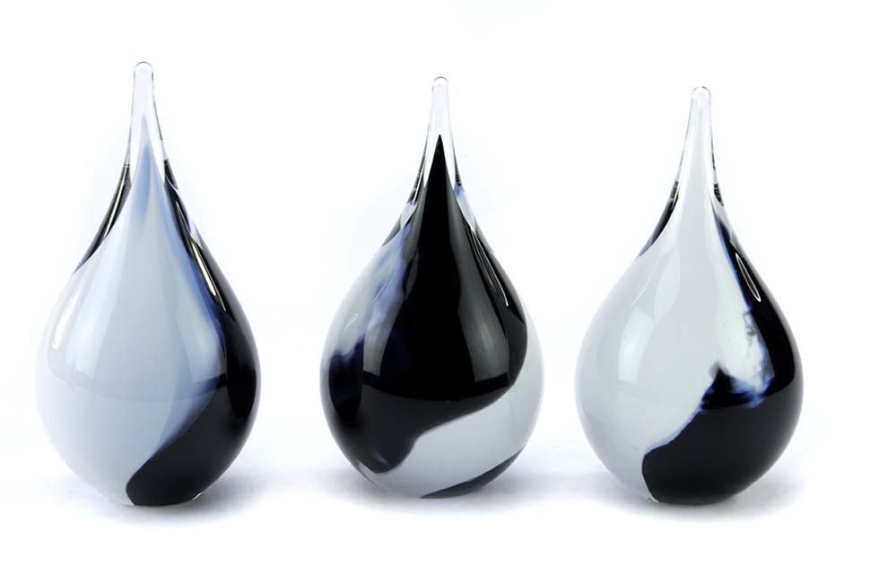 Kristalglazen 3D Mini Traan Urn Zwartwit Opaque (0.05 liter)