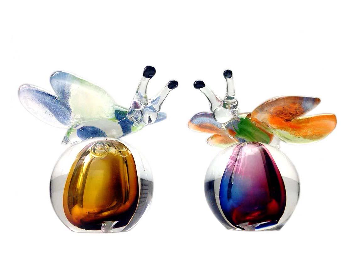 https://grafdecoratie.nl/photos/glazen-mini-vlinder-urn-kristal-mini-urnen-ERU05-2.JPG