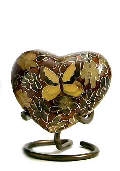 https://grafdecoratie.nl/photos/gouden-vlinder-cloissone-hart-urn-TB-C195H.JPG