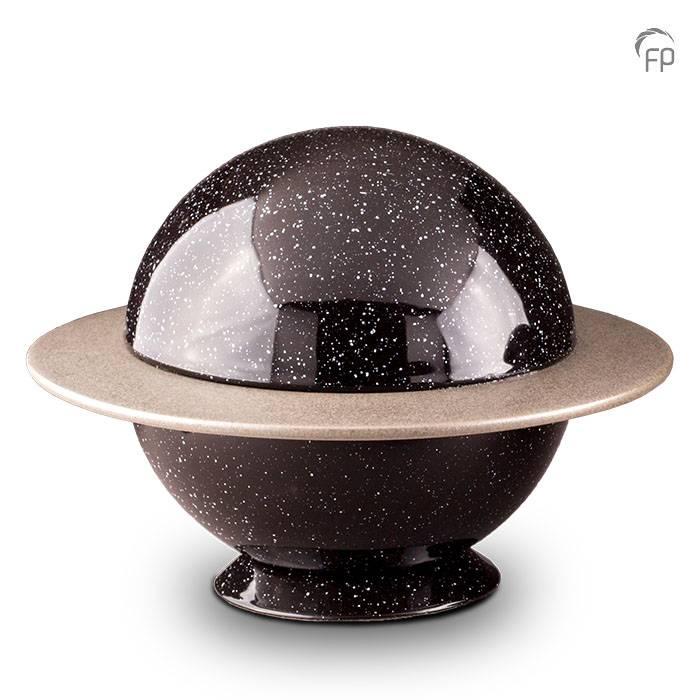 https://grafdecoratie.nl/photos/grote-keramische-Saturnus-urn-urnen-keramiek-urnwebshop-KU034-1.JPG