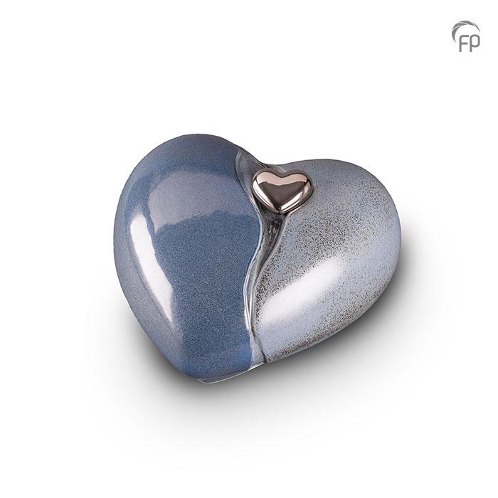 https://grafdecoratie.nl/photos/grote-keramische-hart-urn-urnwebshop-KU013.jpg