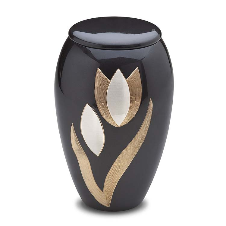 https://grafdecoratie.nl/photos/grote-messing-urn-LoveUrns-urnwebshop-HU251-A502.jpg