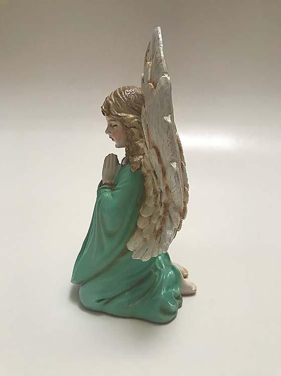 Handgeschilderde Knielende Mini Engel Dierenurn (0.1 liter)