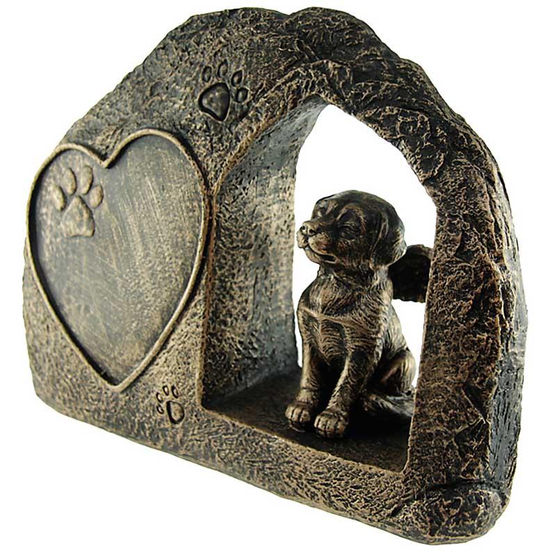 Hondenurn of Honden Asbeeld, Hond met Engel Vleugels (0.75 liter)