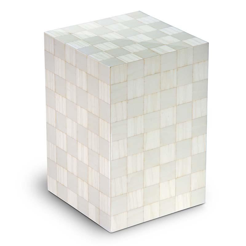 https://grafdecoratie.nl/photos/houten-designurn-rechthoekig-wit-Scacchiera-Artico-URVSC01L.JPG