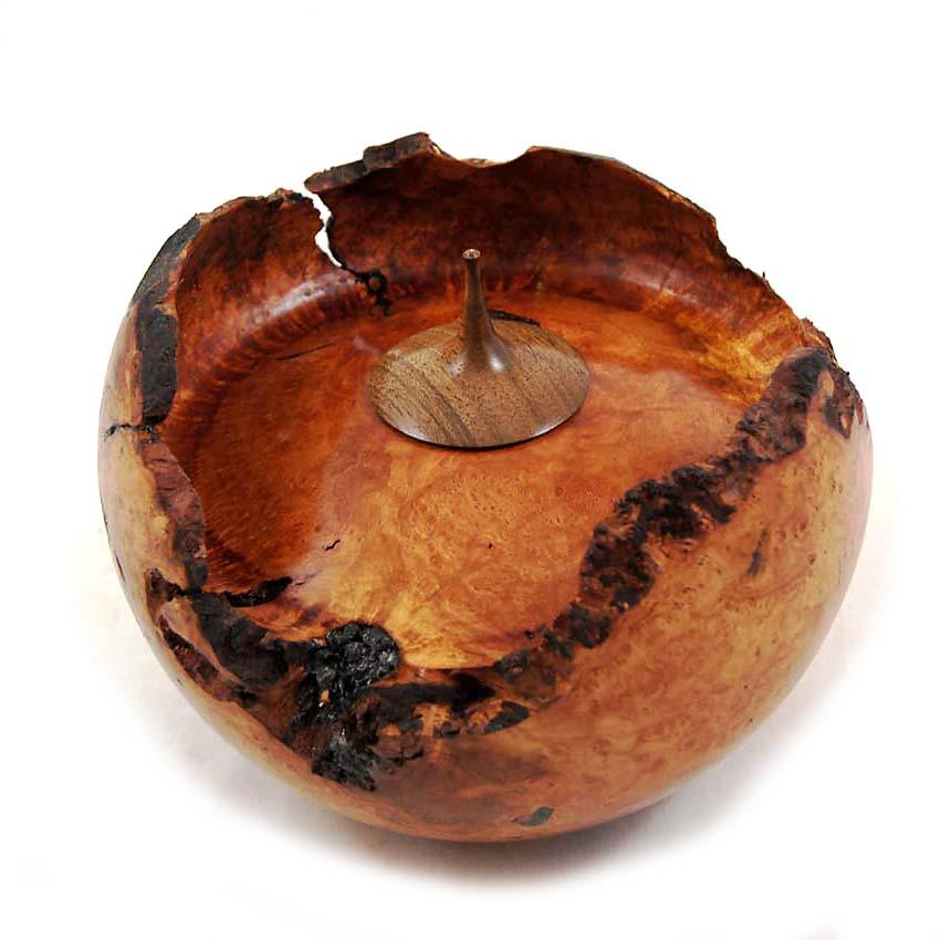 Herinneren in Hout Urn uit Bruyere (1.3 liter)