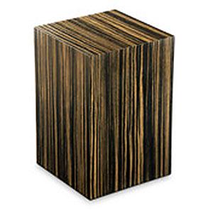 https://grafdecoratie.nl/photos/houten-urn-rechthoekige-bruin-Essential-Ebano-Zebrato-URVES06L.JPG