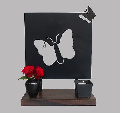 Dieren Gedenkaltaar Als Vlinder Weggefladderd, Zwart of Wit (28 cm.)