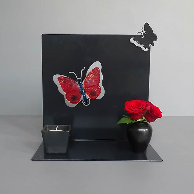 Staand Huisaltaar Fladderende Vlinder Zwart of Wit (0.002 liter)