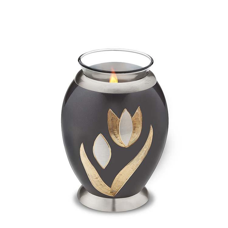 https://grafdecoratie.nl/photos/kaarshouder-urn-tulp-LoveUrns-Urnwebshop-CHK251-T502.jpg