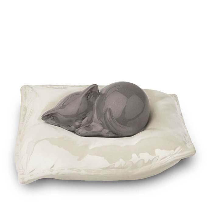 Dieren Urn Grijs Slapend Katje op Kussen (0.8 liter)