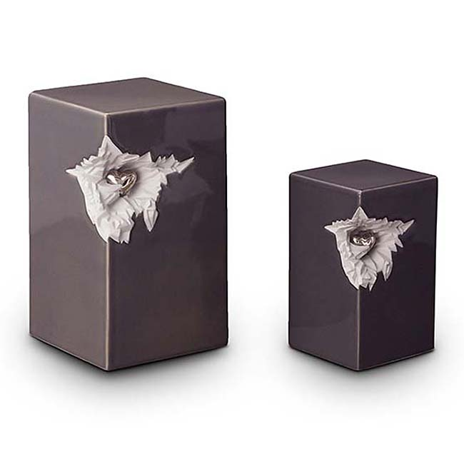 https://grafdecoratie.nl/photos/keramische-urn-urnen-keramiek-KU015.JPG