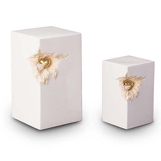 https://grafdecoratie.nl/photos/keramische-urn-urnen-keramiek-KU016M.JPG