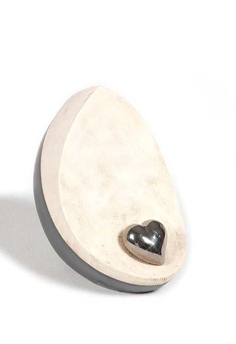 https://grafdecoratie.nl/photos/keramische-urn-urnen-keramiek-WD-DAKRI-BW-M.JPG
