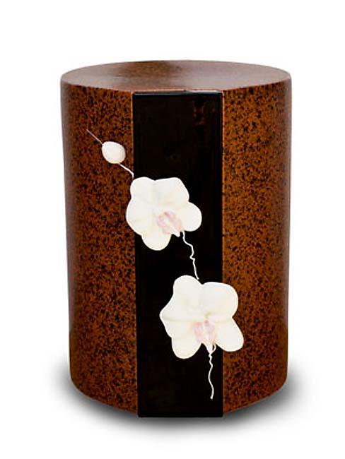 https://grafdecoratie.nl/photos/keramische_urn_urnen_keramiek_sierurn_KU024.JPG