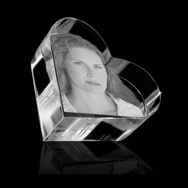 Kristalglas Hart Reliek met Lasergravure (5.8 cm.)