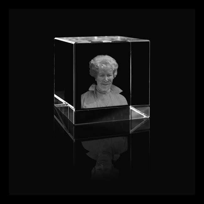 Kristalglas Kubus met Lasergravure (5 cm.)