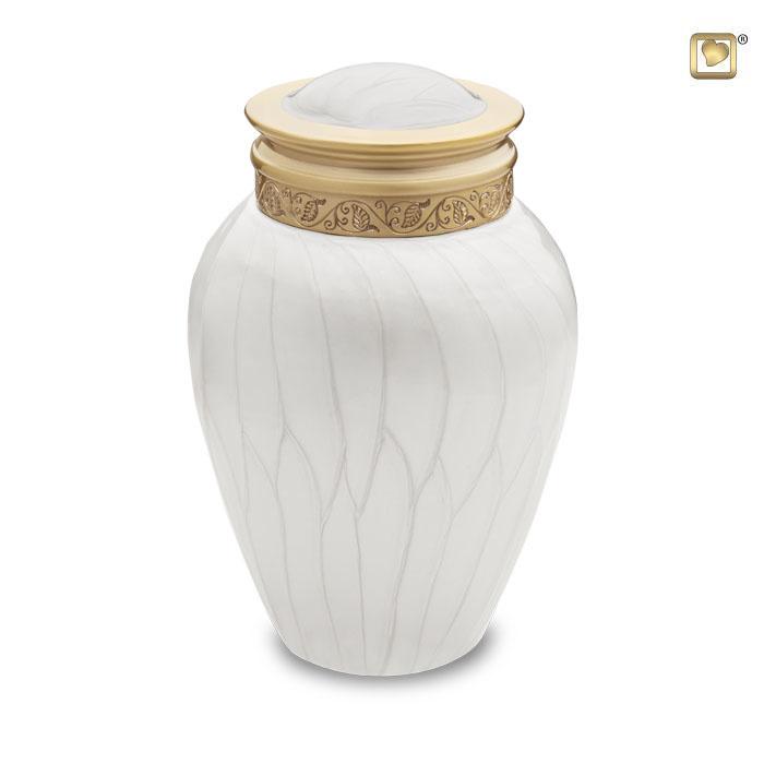 https://grafdecoratie.nl/photos/kleine-Blessing-urn-LoveUrns-messing-urnen-Urnwebshop-HU290S.JPG