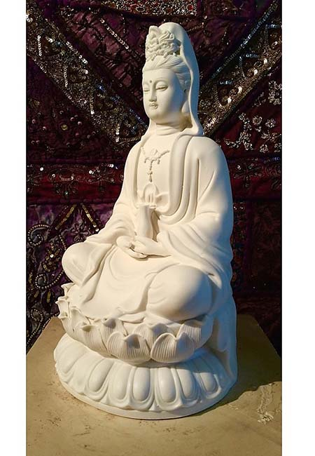 Kleine Chinese vrouwelijke Buddha Urn Kwan Yin (1 liter)
