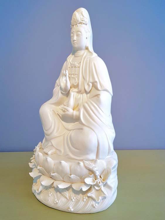 Chinese vrouwelijke Buddha Dierenurn Kwan Yin (1.5 liter)