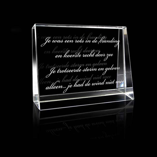 https://grafdecoratie.nl/photos/kleine-kristalglazen-gedenkglas-Rechthoek-lasergravure-Rechthoek862.JPG