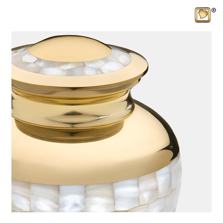 Kleine LoveUrns Mother of Pearl Urn (0.85 liter)