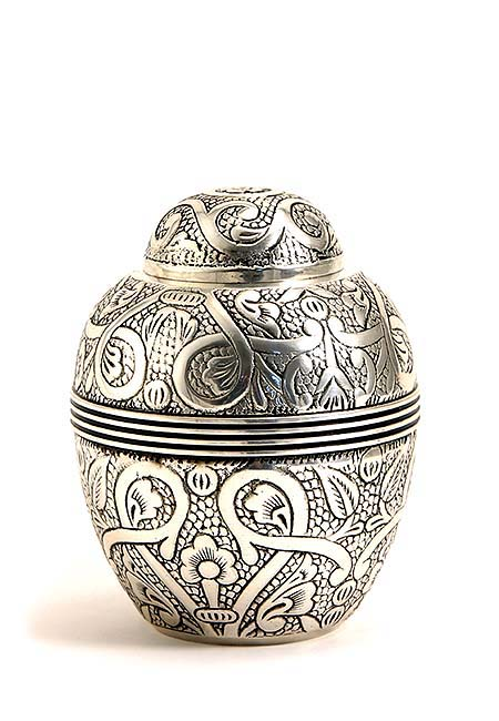 Kleine Oak Antique Silver Urn (0.7 liter)
