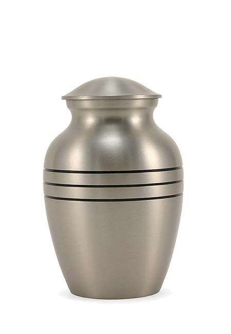 https://grafdecoratie.nl/photos/kleine-messing-urn-urnen-metaal-TB2802XS.JPG