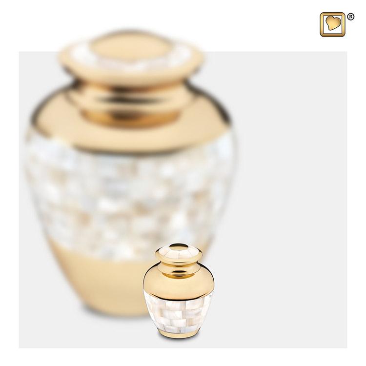 LoveUrns Mother of Pearl Mini Dierenurn (0.07 liter)