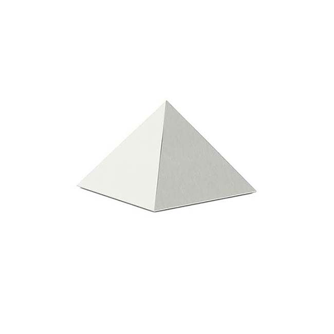 https://grafdecoratie.nl/photos/matzilver-rvs-piramide-urn-piramide-urnen-PU20.jpg