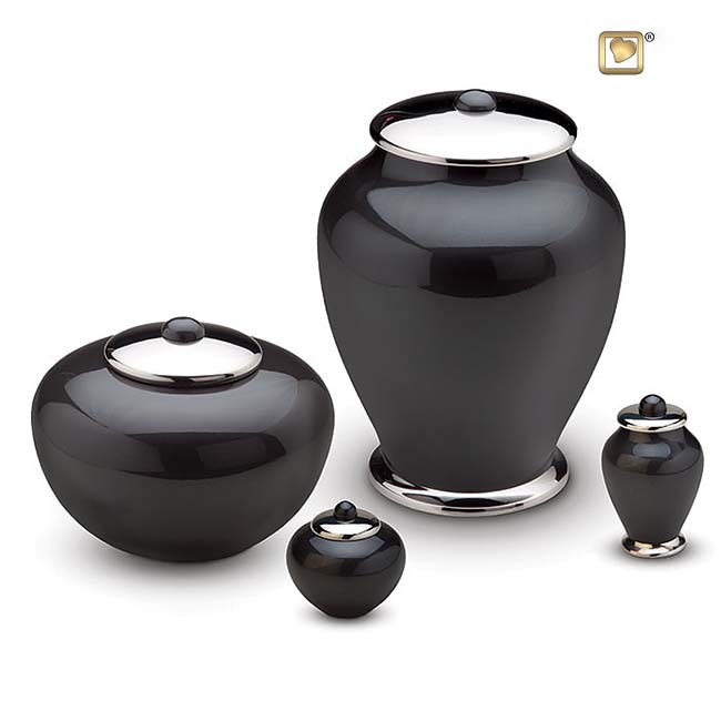 https://grafdecoratie.nl/photos/messing-urnen-simplicity-urn-HU401-501-set.JPG