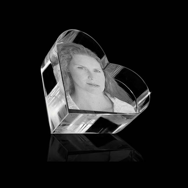 Kristalglas Hart Reliek met Lasergravure (4.5 cm.)