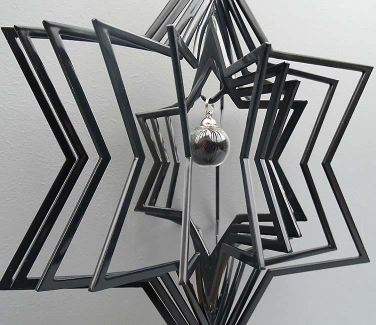 3D Mini Urn Ster met Asbol en Asbuisje, Zwart of Wit (0.015 liter)