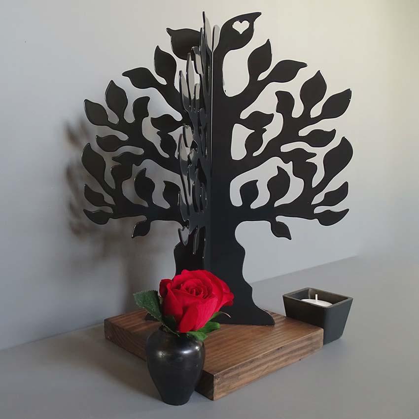 https://grafdecoratie.nl/photos/mini-urn-Gedenkboom-zwart-urnwebshop.jpg