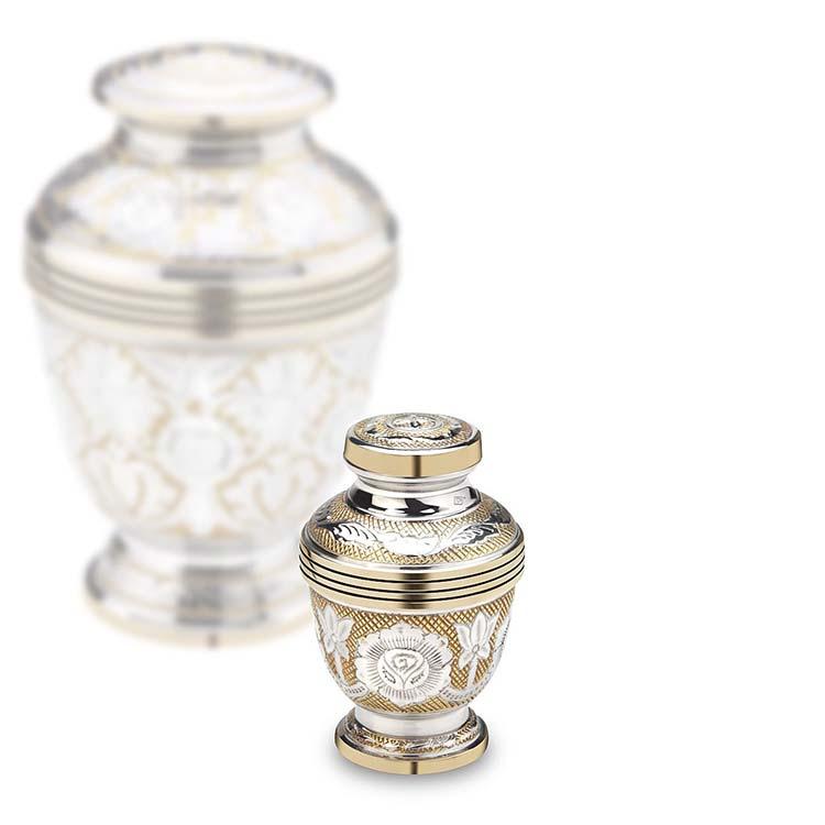 https://grafdecoratie.nl/photos/mini-urn-Loveurns-keepsake-K250-urnwebshop.jpg