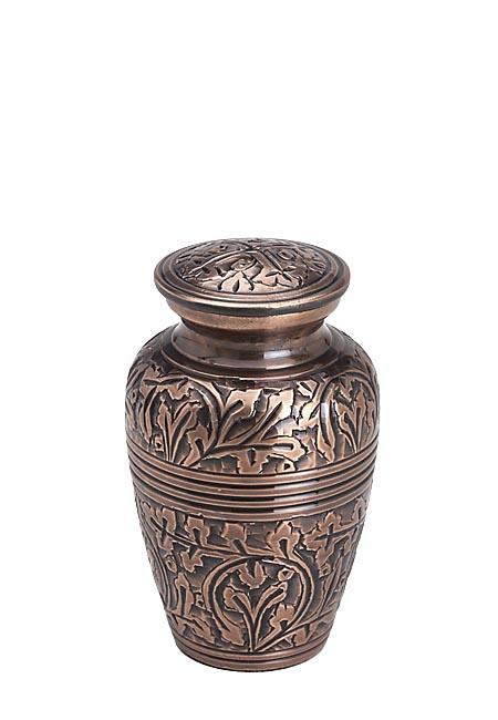 https://grafdecoratie.nl/photos/miniurn_messing_mini_urnen_brass_keepsake_urne_messing_HU135K.JPG