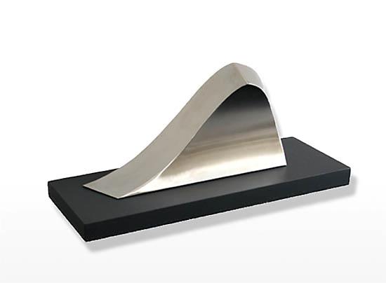 https://grafdecoratie.nl/photos/rvs-urn-golf-breaker-urn-250.JPG