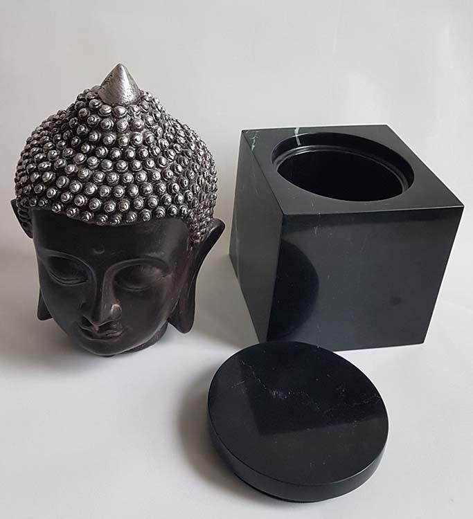 Thaise Boeddha Hoofd Urn op Marmer Assokkel (0.8 liter)